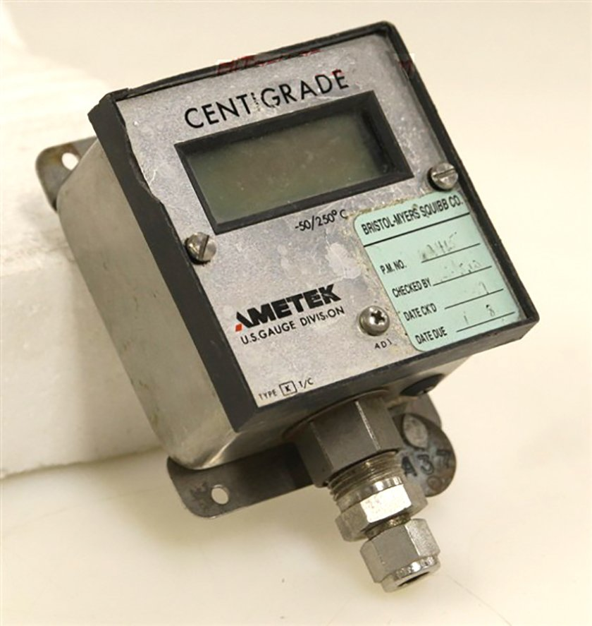 Ametek Temperature Readout  DT-83 X1-Y