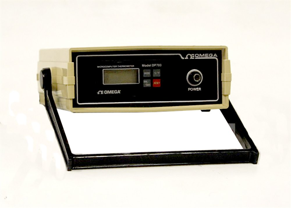 Omega DP703 Thermometer