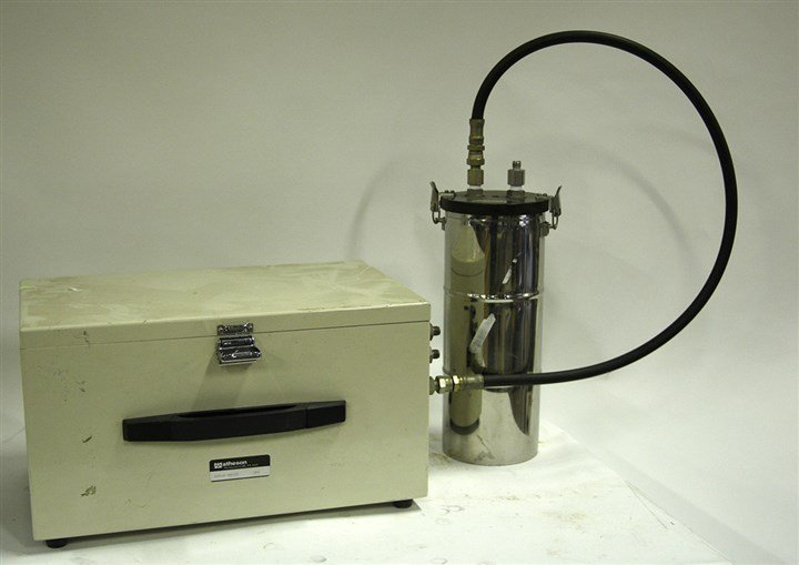 Matheson Dew Point Analyzer 8460