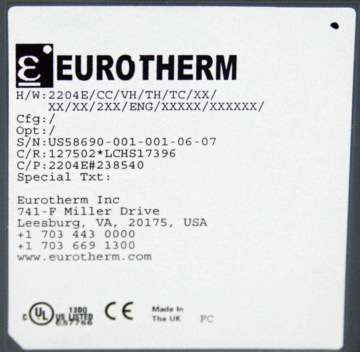 Eurotherm PID Temperature Controller model 2204e - 2