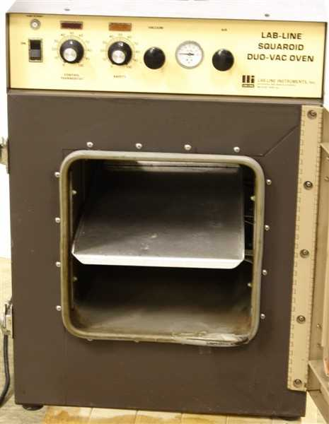 Lab Line Squaroid DuoVac Vacuum High Temp Oven Model 3628 - 1