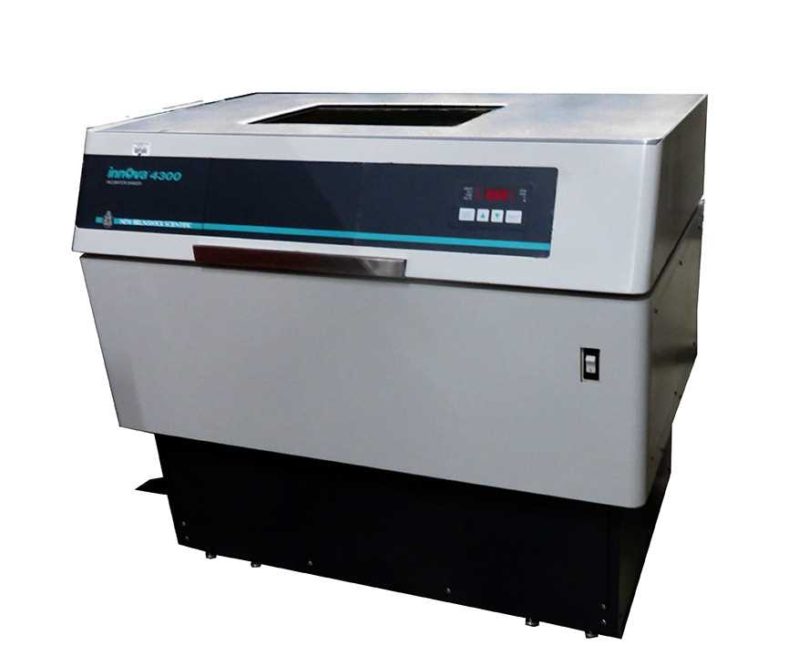 photo of the used New Brunswick Innova 4300 Incubator Shaker sold by Hitechtrader.com